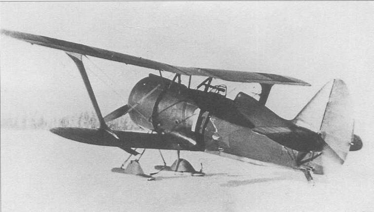 И-15бис с бортовым номером «11» стал первым финским трофейным «бисом». В феврале 1940 г. получил обозначение VH-10 (CG)