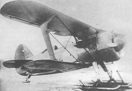 И-15бис, заводской №3392, строился осенью 1937 г. как эталон для первой половины 1938 г. Самолет испытывался на лыжах от самолета И-15