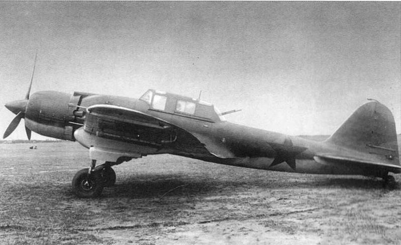 Опытный штурмовик Ил-2 с двигателем АШ-82.