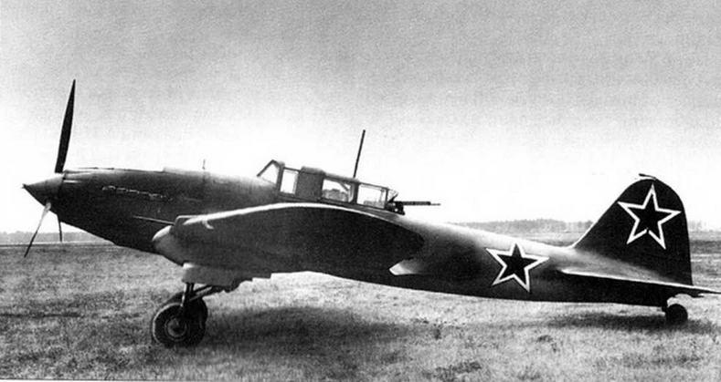 Серийный двухместный штурмовик Ил-2. Осень 1942 г.