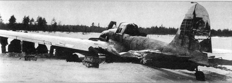 Даже получив такие повреждения самолеты возвращались на базы.