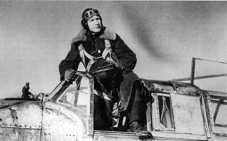 Ст. лейтенант А.П.Компанеец. Калининский фронт, зима 1942-1943 годов.