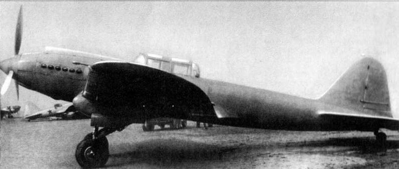 Бронированный штурмовик ЦКБ-55 (БШ-2) на центральном аэродроме г.Москвы. март )1939 г.