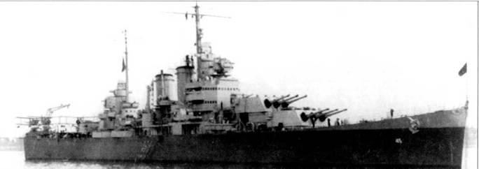 В феврале 1944г. крейсер «Уичита» стал флагманским кораблем 6-й дивизии крейсеров на Тихом океане. Корабль окрашен по градиционной схеме Measure 22. На катапультах установлено три т четырех гидросамолетов SOC, базировавшихся на корабле. На фок-мачте видна антенна РЛС SK.