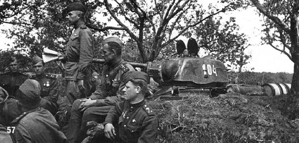 Танки Т-34/76 в боях под Ленинградом. Июнь 1943 г.