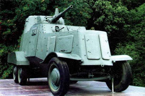 Частично сохранившийся бронеавтомобиль БА-10 (ходовая часть — имитация) находится в составе мемориального комплекса воинам Юго-Западного фронта под г.Лохвица Полтавской области (Украина).