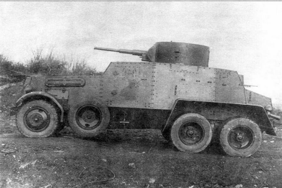 Тяжелый бронеавтомобиль БА-5 во время заводских испытаний