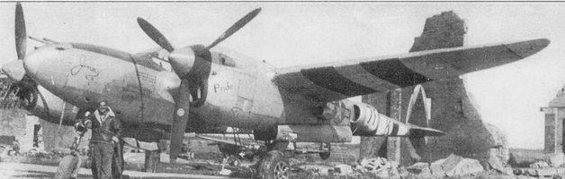 «Jimmy II/Pride» – P-3SJ из 485-й истребительной эскадрильи 370-й истребительной авиагруппы, Флоренпис, Бельгия, конец 1944 г. На борт фюзеляжа нанесены отметки о 25 боевых вылетах на сопровождение бомбардировщиков и 34 полетах на бомбометание. Опознавательные знаки на хвостовых балках закрашены тонким слоем серой краски.