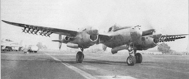 Эксперимент по подвеске на P-3SL 14 5-дюймовых неуправляемых ракет HVAR. В эксплуатацию такой вариант подвески ракет не пошел,на фирме Локхид был разработан более удачный вариант, пилон для подвески ракет получил название «дерево».
