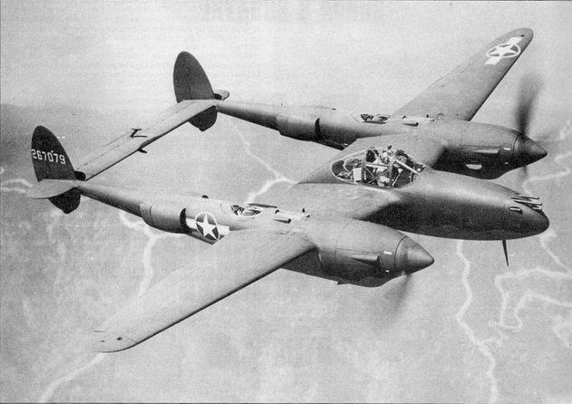 В среде пилотов люфтваффе истребитель «Лайтнинг» был известен как Der Gabelschwanz Teuful – дьявол с раздвоенным хвостом.