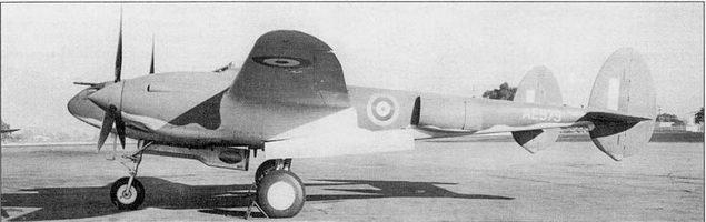 Ранний Р-322 «Лайтнинг I», заводской аэродром фирмы Локхид, Бербэнк, штат Калифорния.