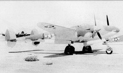 «Лайтнинг I» AF196, этот самолет использовался в качестве учебного в Калифорнии в конце 1943 г. Все Р-322 сохранили британскую окраску и систему идентификации на протяжении своей карьеры. К концу 1943 г. Р-322 использовались только как учебные.