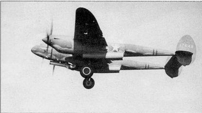 «WALLY» – P-38F командира 48-й истребительной эскадрильи, конец 1942 г. В этот период эскадрилья входила а состав 14-й истребительной авиагруппы и базировалась в Алжире на аэродроме Йокс-ле-Бэйнс. Коки винтов и полосы вокруг хвостовых балок – красного цвета.