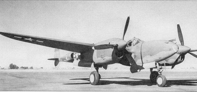 Р-38J – самый лучший «Лайтнинг», скоростной, надежный, маневренный и высотный. Маслорадиаторы и теплообменники турбонагнетателей на Р-38J были перенесены из носка крыла в нижние передние части мотогондол.