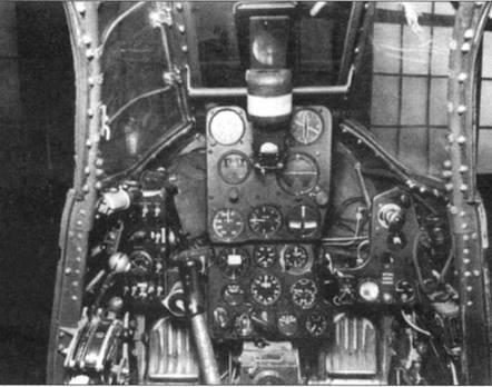 Приборная доска самолета Р-39М.