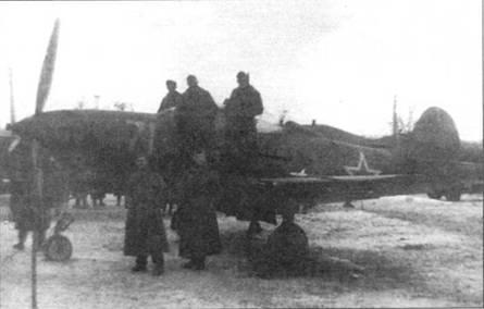 Этот P-39N был захвачен немцами в качестве трофея в начале 1944г. Бортовой номер «71» желтого цвета, серийный номер на киле закрашен. Традиционные для американских самолетов серийные номера на киле после поступления «Кобр» в СССР обычно закрашивались.