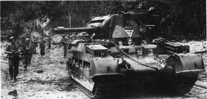 Matilda Frog из 2-го батальона 1-й австралийской танковой бригады во время боев в Баликпапане. Июль 1945 года