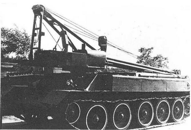 Самоходный кран СПК-5. Киев, Музей Великой Отечественной войны, 1985 год.