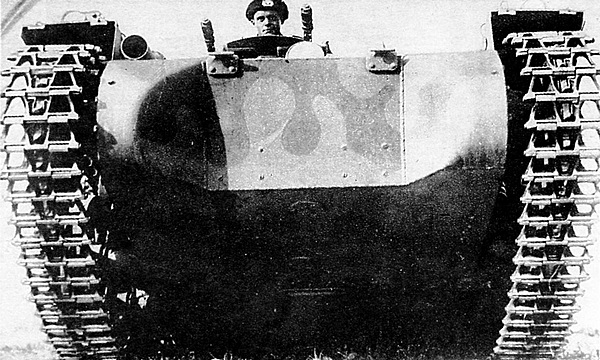 Pz.I, окрашенный в серо-коричневый камуфляж рейхсвера. 1934 год.