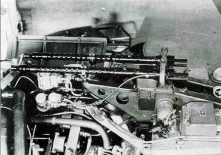 Лафеты и стволы пулеметов MG 17. Замки пулеметов сняты.