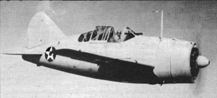 Хотя большинство F2A-1 позднее доработали под стандарт F2A-2, самолет Bu№1393 остался в первоначальном варианте. Самолет целиком выкрашен матовой светло-серой краской, на крыльях американские опознавательного знаки увеличенного диаметра. Пилоты предпочитали летать с открытой кабиной, как они привыкли делать на бипланах.