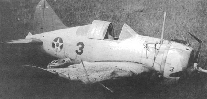 Этот F2A-2 (Bu№1391) с красным хвостом был переделан из F2A-1 и служил в Майями, Флорида, где использовался для подготовки молодых пилотов. В марте 1942 года самолет попал в аварию в результате разрушения подшипника в двигателе. Самолет удалось отремонтировать и вернуть в строй в октябре 1944 года.