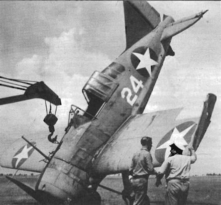 F2A-2 (Bu№1431, белая «24») уткнулся носом на аэродроме в Майями, июль 1942 года. Самолет удалось отремонтировать и он продолжал летать до 1944 года. На этом истребителе оставили устаревший телескопический прицел.