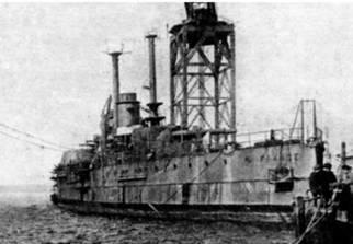 """Линейный корабль """"Париж"""" перед и после спуска на воду 28 сентября 1912 г. (3 фото вверху) """"Франс"""" во время достройки. 1913 г. (внизу)"""