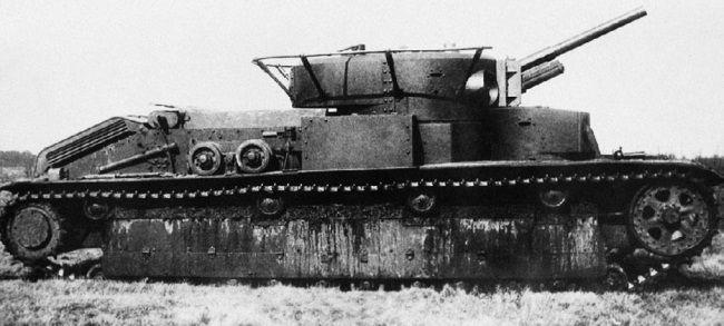 Испытание 76,2-мм танковой пушки ПС-3 №59 в Т-28 с заводским № К-010 на Научно-испытательном артиллерийском полигоне. Август 1936 года. Несмотря на то что ПС-3 значительно превосходила КТ-28, ее так и не приняли на вооружение.