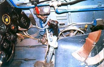 Вид на правый борт кабины летчика. Дизайн кабины был предельно функциональным.