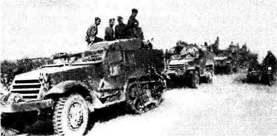 Самоходные установки СУ-57 из состава 4-го мотоциклетного полка 6-й танковой армии. Румыния, лето 1944 года.