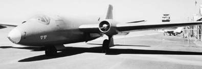 Скоростной бомбардировщик Канберра английского производства ВВС ЮАР. Фото Ян Либенберг