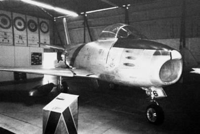 Сейбр Ф-86М6 канадского производства ВВС ЮАР Фото Ян Либзнбзрг