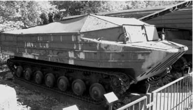К-61 гусеничный плавающий бронетранспортер (использовался в Египте). Фото Геннадий Шубин