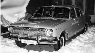 ГАЗ-24. Часто использовалась старшими по званию советскими военными советниками и специалистами в Африке. Фото Геннадий Шубин