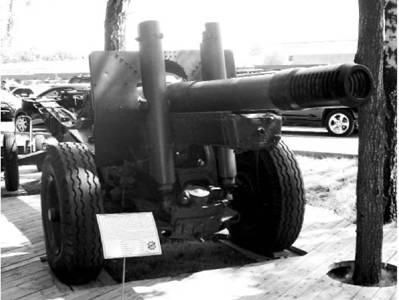 152 мм гаубица-пушка МЛ-20 образца 1937г Дальность выстрела — 17,2км. Фото Геннадий Шубин