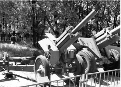 M-30 калибра 122 мм. Дальность выстрела — 11,8км. Фото Виктор Лызлов