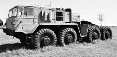 МАЗ-537 Г (Головастик)— тягач для перевозки танков. Фото Вячеслав Барабуля