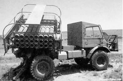 РСЗО Валькирия Мк I южноафриканского производства (24 направляющих калибра 127 мм). Дальность стрельбы до 22км. Фото из сети Интернет