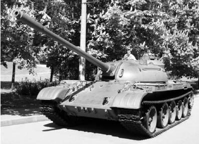 T-55. Пушка калибра 100 мм. Фото Геннадий Шубин