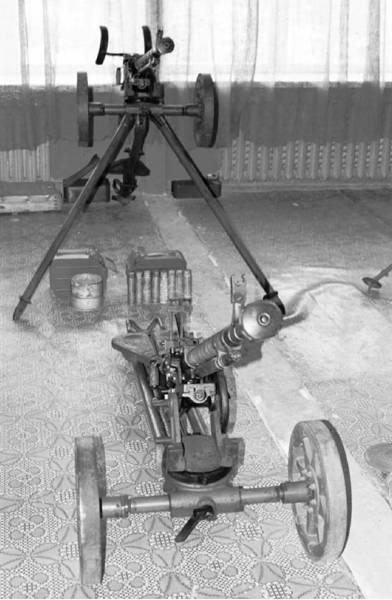ДШКМ (два типа) калибра 12.7 мм образца 1946г (патрон 12,7x108 мм). Фото Геннадий Шубин