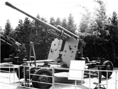 Зенитное скорострельное орудие 52-К образца 1939г калибра 85 мм. Фото Геннадий Шубин