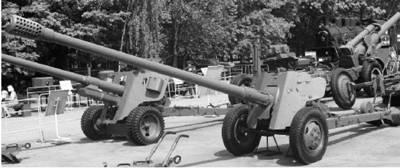 Д-48 калибра 85 мм. Дальность выстрела — до 18,9км. Фото Виктор Лызлов