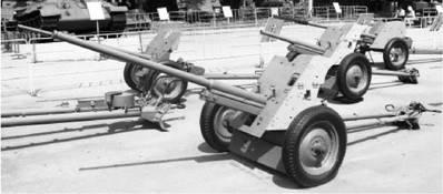 Противотанковая пушка M-42 (калибра 45 мм) (сорокапятка). Дальность стрельбы — 4,5км. Фото Геннадий Шубин