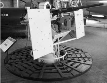 Эрликон скорострельное орудие калибра 20 мм английского производства (морской вариант). Фото Геннадий Шубин