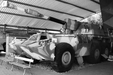 САУ Г-6 южноафриканского производства калибра 155 мм. Дальность — выстрела до 39км. Фото Геннадий Шубин