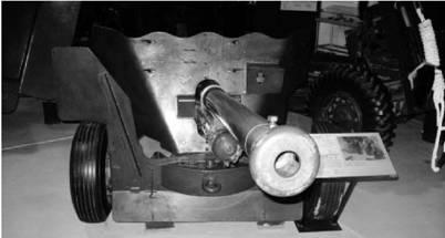 Противотанковое орудие калибра 57 мм производилось в ЮАС и Британии (дальность выстрела до 600м) В 1956г применялось Великобританией в Египте Фото Геннадий Шубин