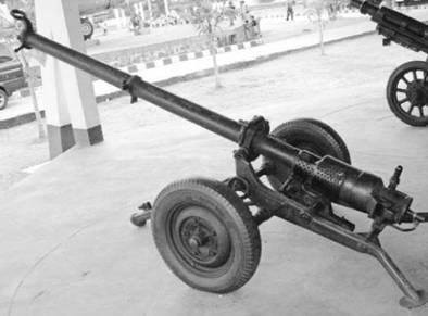 Советское безоткатное орудие Б-11 (Бо-11) калибра 107 мм. Фото из сети Интернет