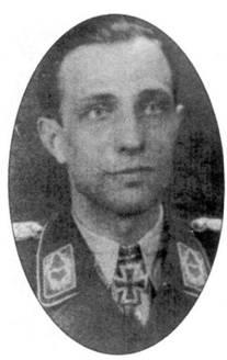 Август 1943 года. Майор Эрих Рудорффер, в течение двух лет бессменно занимавший должность командира I1./JG 54, еще не получил своих Дубовых листьев с Мечами. Рудорффер закончил войну, имея 222 победы, в том числе 136 одержанных в составе JG 54.