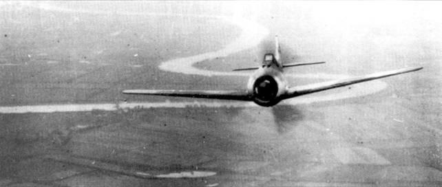 Силуэт Fw 190 не предвещал ничего хорошего для пилотов противника. К счастью для человека, сделавшего в начале 1943 года этот снимок, он находился на борту немецкого самолета.
